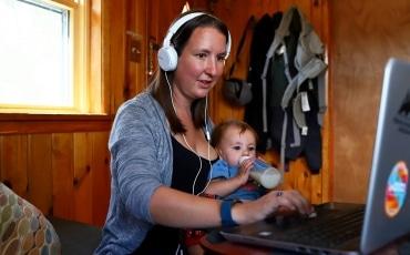 Breastfeeding Back to Work (by Lorraine Redmond)